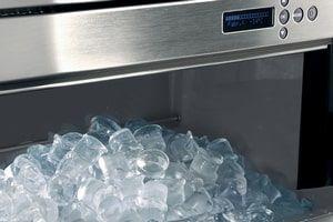 Ресторанное оборудование: как выбрать льдогенератор в Киеве и профессиональную посудомоечную машину?