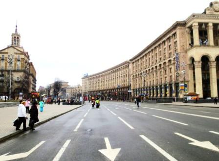 Крещатик (ракурс с площади Независимости)