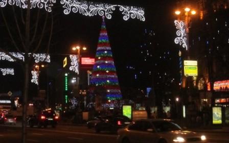 Подсветка главной елки станы и улицы Крещатик на Новый Год
