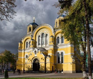 Владимирский собор осенью