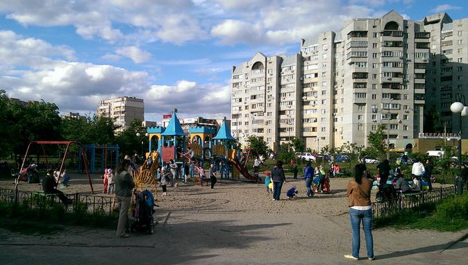 Детская площадка парк Позняки