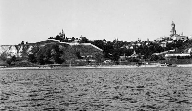 Киево Печерская Лавра в 1942 году