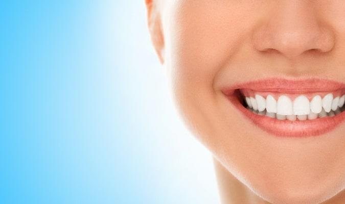 чистка зубов позняки