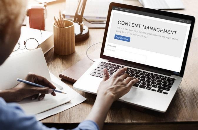 контент менеджер